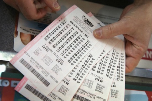 mega-millions-jackpot-tops-300-million.jpg