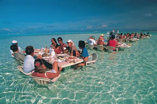 sea-restaurant-in-bora-bora.jpg