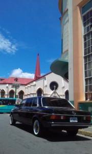 Iglesia-Nuestra-Senora-de-la-Merced-San-Jose-Costa-Rica.-mercedes-w123-lang.jpg