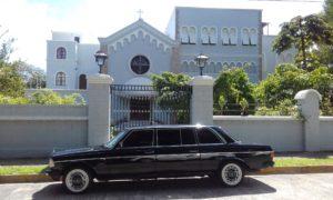 Nunciatura-Apostolica-de-la-Santa-Sede-el-Vaticano-en-San-Jose-Costa-Rica-Barrio-Rohrmoser.-MERCEDES-300D-LIMO.-1-300x180.jpg